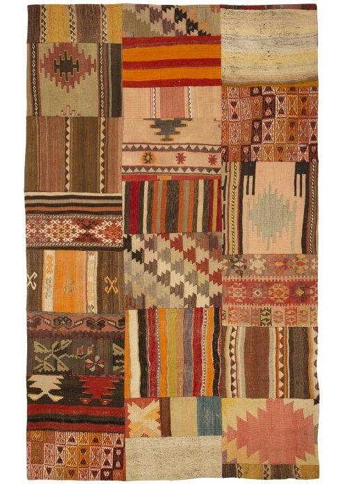 שטיח פצ'וורק (טלאים) דגם: 1539