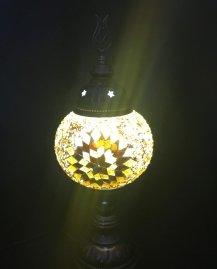 מנורה 11