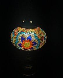 מנורה 8